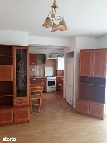 Apartament cu 2 camere de vanzare in Floresti