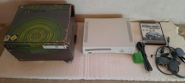 Xbox 360 Elite cutie originala