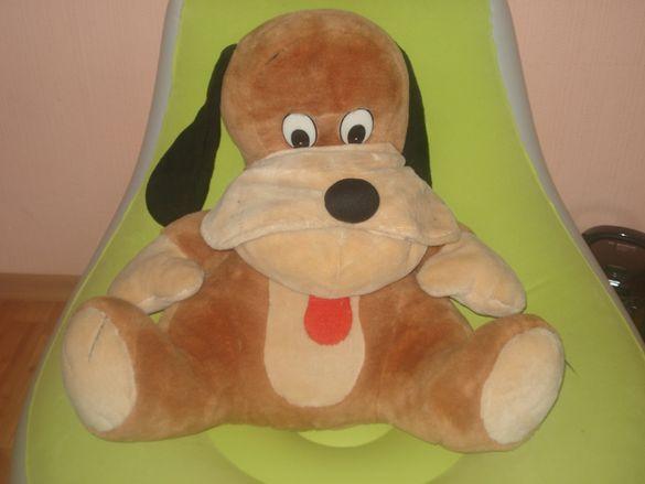 Голямо плюшено куче