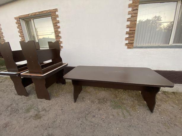Продам столы маленькие по 10000, большой  30000