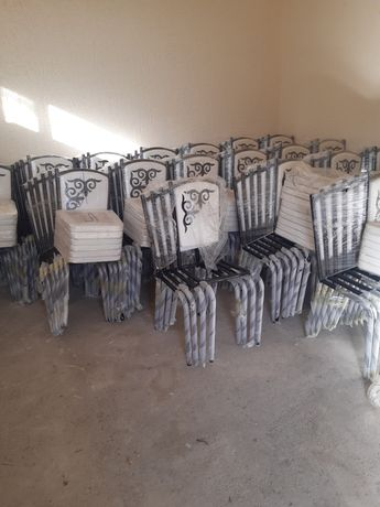 Мебель со склада стол стулья  размера 2-метра , 1.50- метра ,1.20-метр