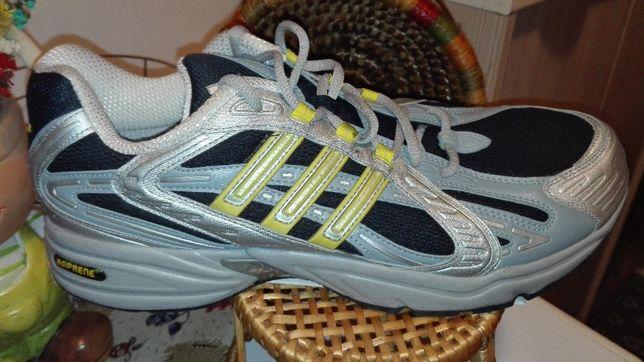 Adidasi Adidas, mărimea 49.5