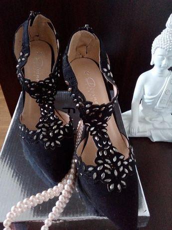 Super pantofi , pentru super evenimente!