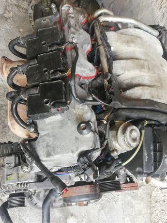 Продам двигатель 2,8