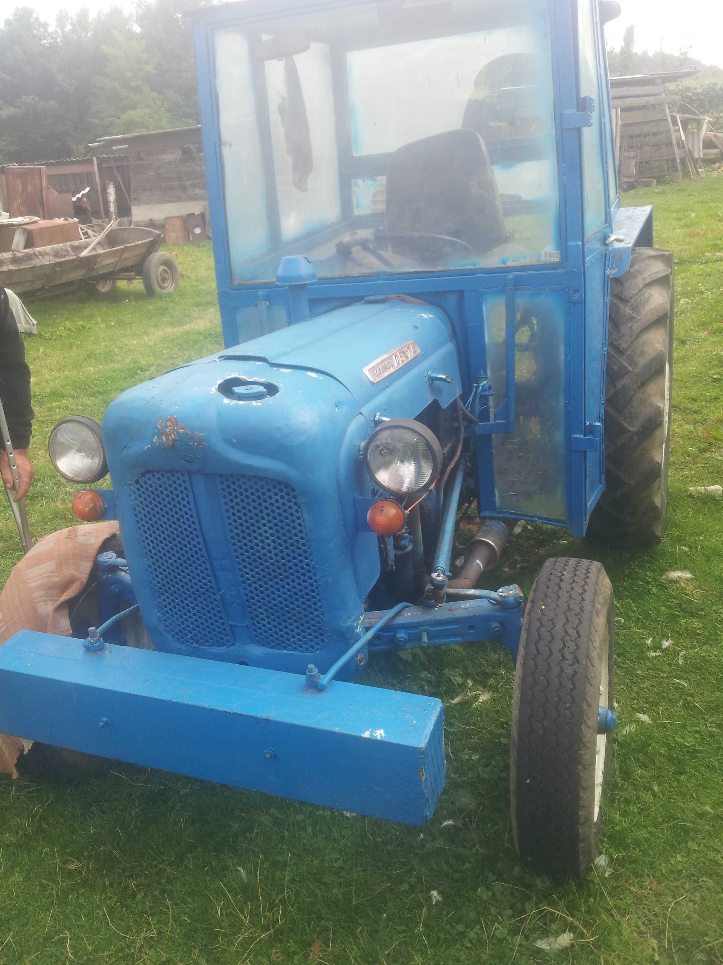 tractor cu utilaje