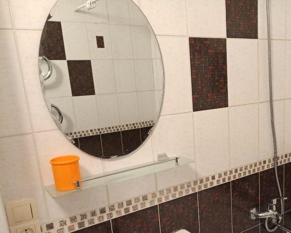 Зеркало навесное для ванной