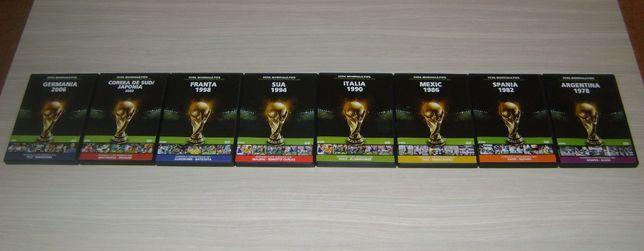 "Vand colectia ""Cupa Mondiala FIFA"""