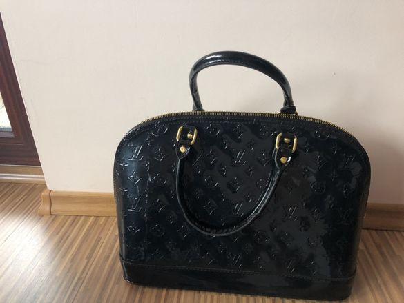 Дамска чанта черна LV