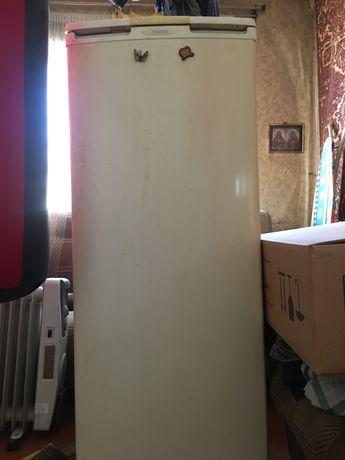 Продам холодильник, рабочий