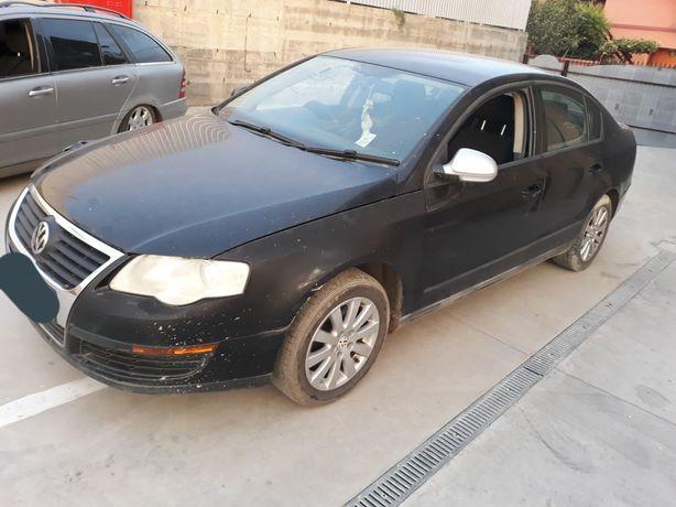 Dezmembrez VW Passat 1.6 FSI 2006