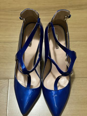 Новые туфли Basconi