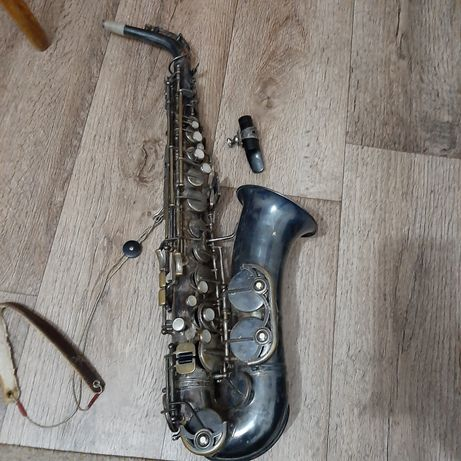 Продам саксофон weltklang