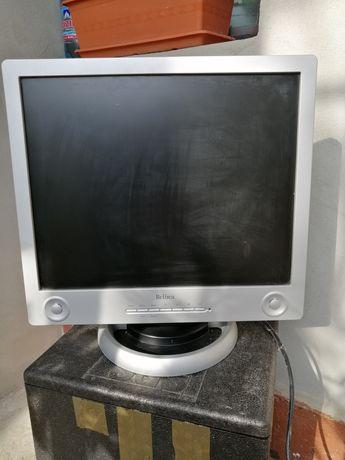 Monitor 19 ''