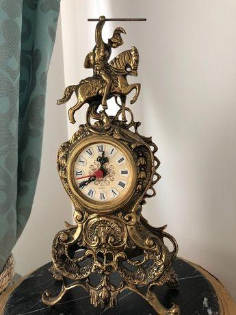 Бароков каминен часовник