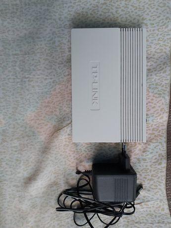 TP-LINK TD-8817 ADSL2/2+ Ethernet/USB Router