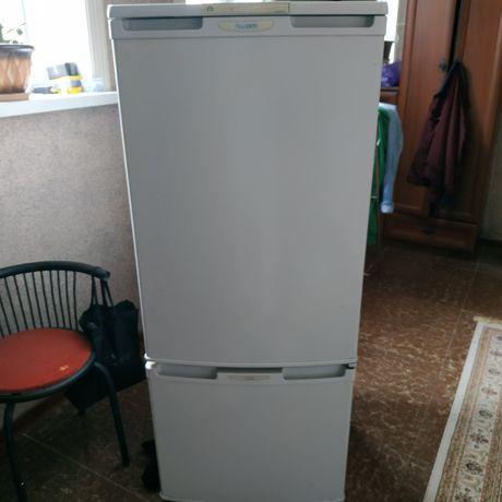 Продам холодильник берюса