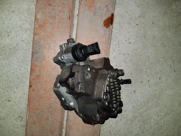 Гнп помпа за високо налягане от Пежо Peugeot 307 1.6 HDI 110 hp