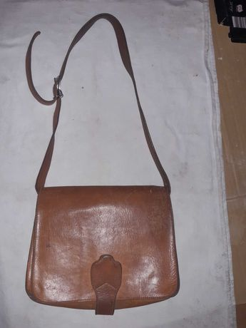Чанта естествена кожа 35 лв.