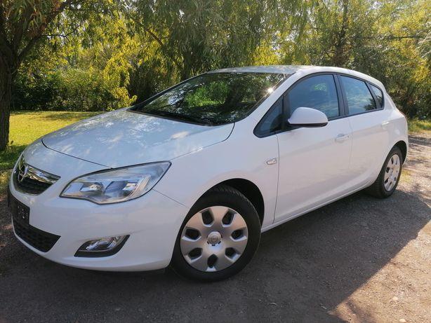 Opel Astra J Euro 5