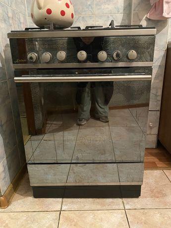 Продам газовую плиту с вытяжкой Кайзер в хорошем состоянии