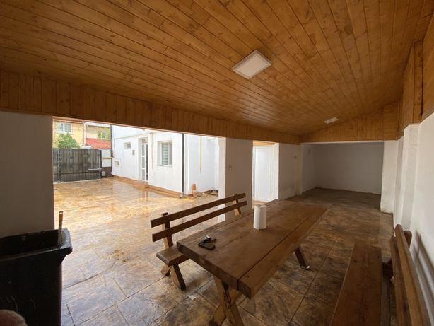 Vand Casa complet mobilata/utilata central