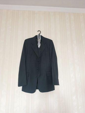 Продам костюм мужской 15000тг