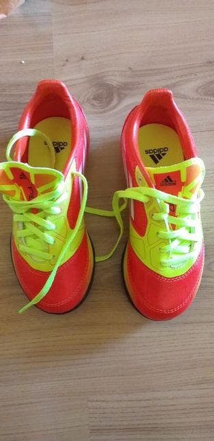 Adidasi fotbal Adidas