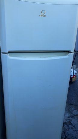 Frigidere  2 uși  frigider  arctic funcționale