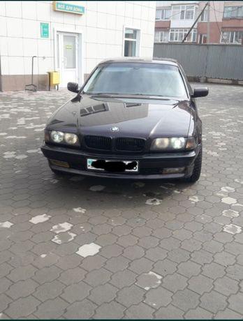 Продам BMW 728I, машина на ходу сел поехал.