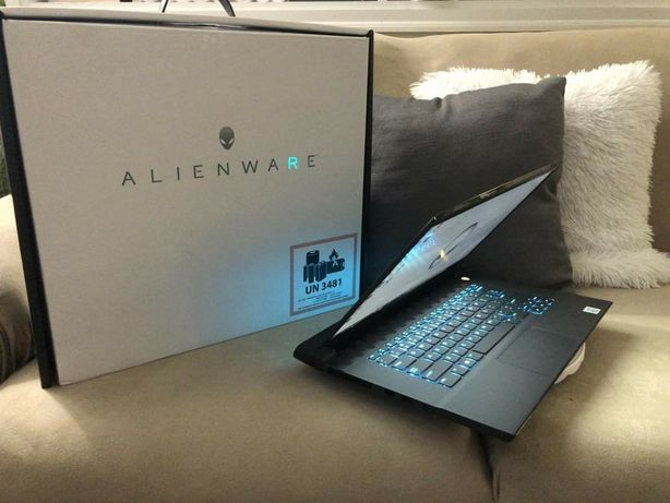 Dell Alienware M15 R3 10875h/ 32ddr4/1000ssd/1079super