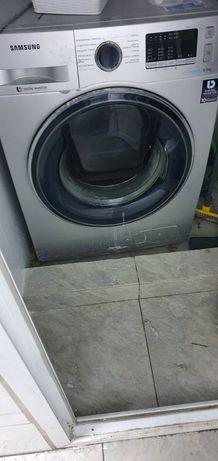 Продам стиральную машинку на запчасти