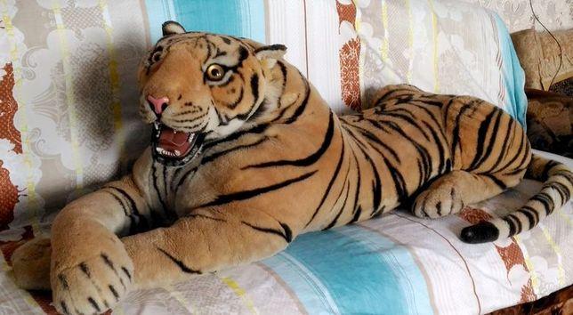 Мягкая игрушка тигр большой лежачий