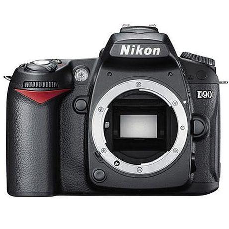 Nikon d 90 cu 60 mii virgula 1 cadre