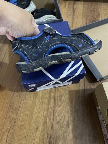 Продам сандали geox