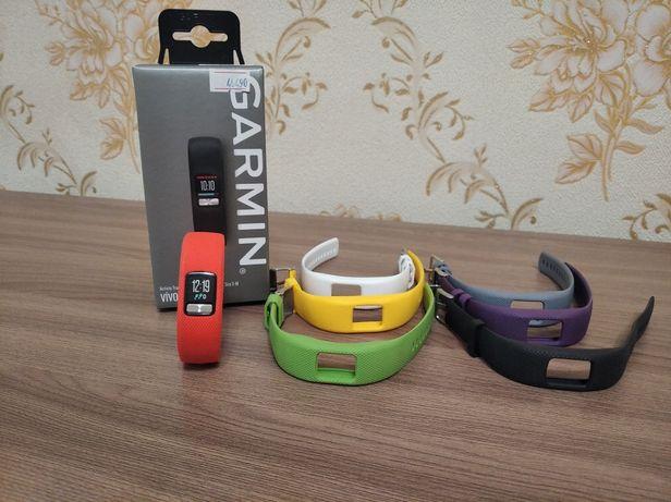Фитнес браслет Garmin Vivofit 4