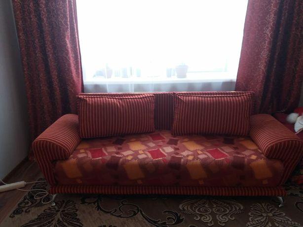Продам диван в о/с