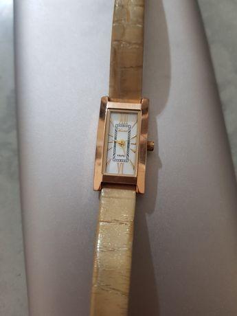 Часы золотые .НИКА. 585пр