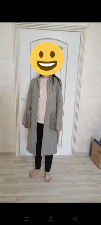 Серое пальто женское