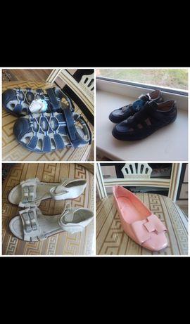 Продам летние сандали и балетки новые