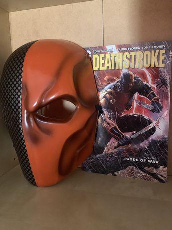 Masca + Carte Deathstroke de colectie la cutie, TRANSPORT GRATUIT