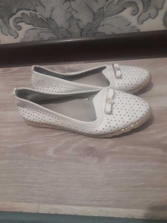 Обувь для девочек 1700