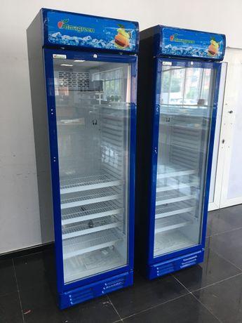 Холодильный шкаф Almagreen новый в синем цвете