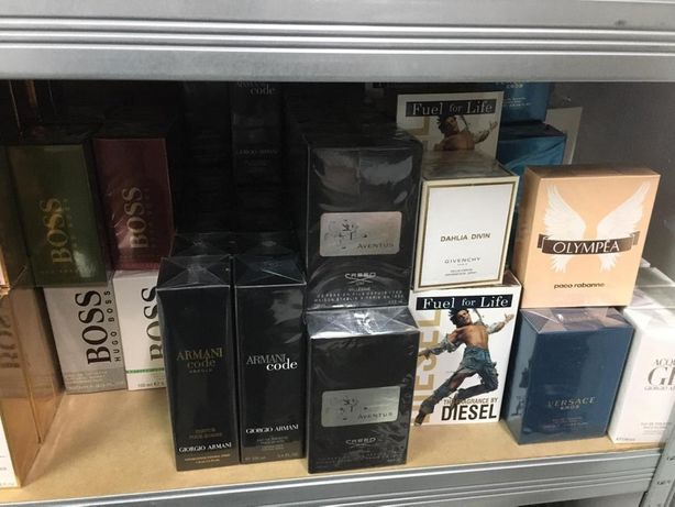 ! Parfumuri EN-GROSS pentru BARBATI și FEMEI ,SIGILATE !