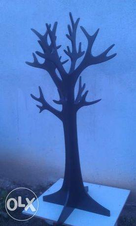 закачалка Дърво