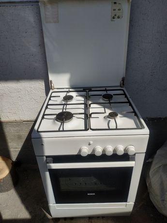 Продается газовая плита BOSCH с духовкой внутри