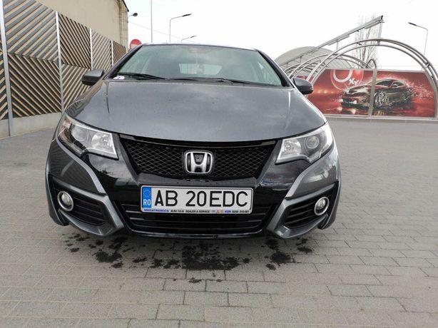 Honda Civic 5d 1.6 128 CP