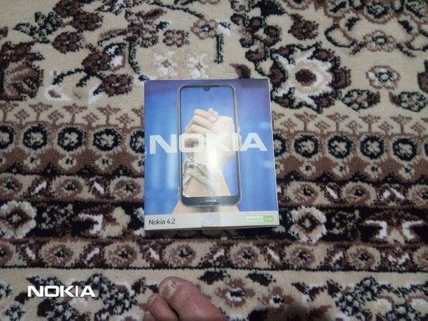продам телефон Нокиа4.2