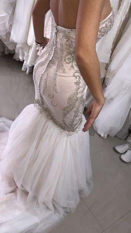 rochie de mireasa La Novia Queen