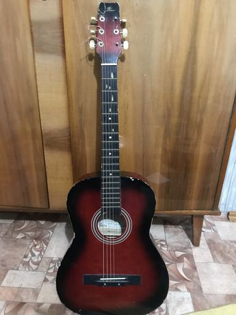 Гитара б\у