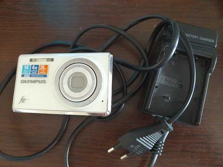 Дефектна камера Olympus FE-4030 с работещо зарядно и батерия